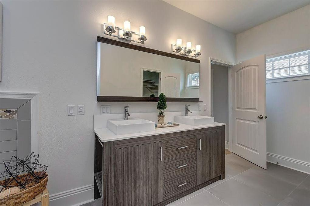 Vacant Home Staging - Bathroom