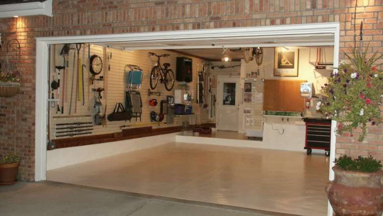 Garage Storage and Staging Tips for Homeowners and Homesellers
