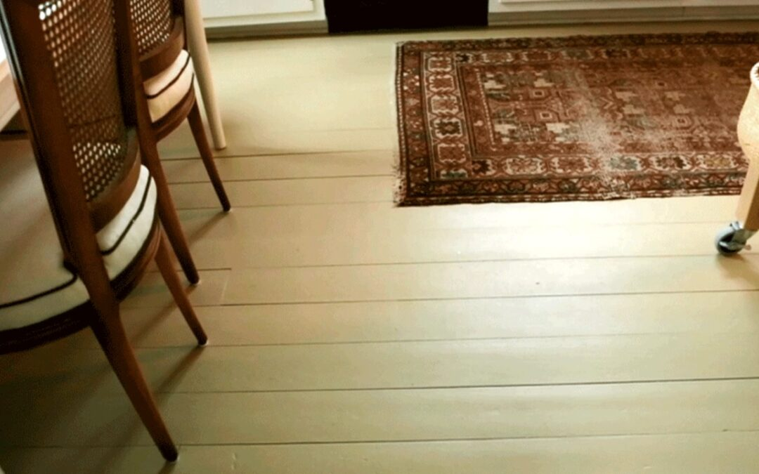 How to Breathe New Life Into Old Hardwood Floors With Paint