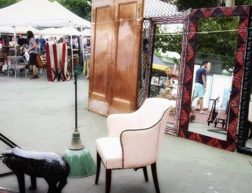 Score Great Decorating Bargains With These Expert Flea Market Shopping Tips